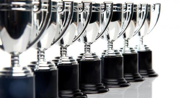 publicidad-encubierta-premios-1